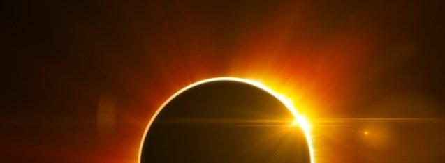 Koróny kolem Slunce a Měsíce a irizace